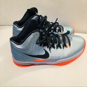 Boys KD5 Nike High Tops Size 4Y